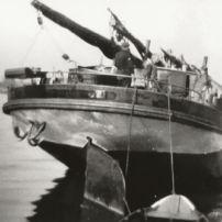 Daniel-Jacoba-Met-gestreken-mast-jaren-30